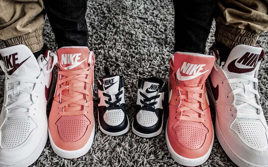 52 in kicks - sneakers
